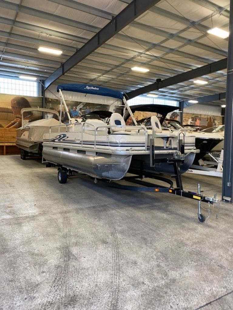 2008 Misty Harbor boat for sale, model of the boat is 2085CF & Image # 5 of 5