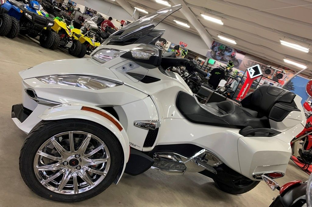 New 2018 Can-Am Spyder® RT Limited Chrome 3-Wheel Motorcycle