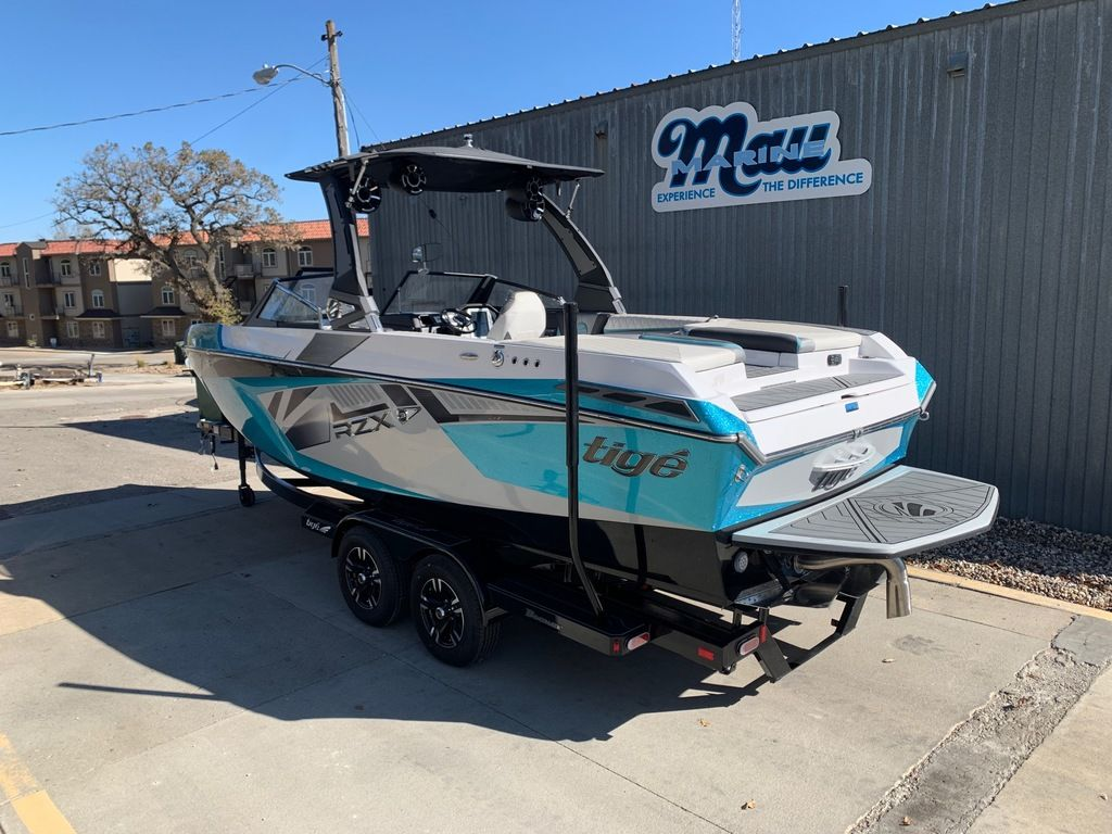 2017 Tige boat for sale, model of the boat is RZX3 & Image # 2 of 14
