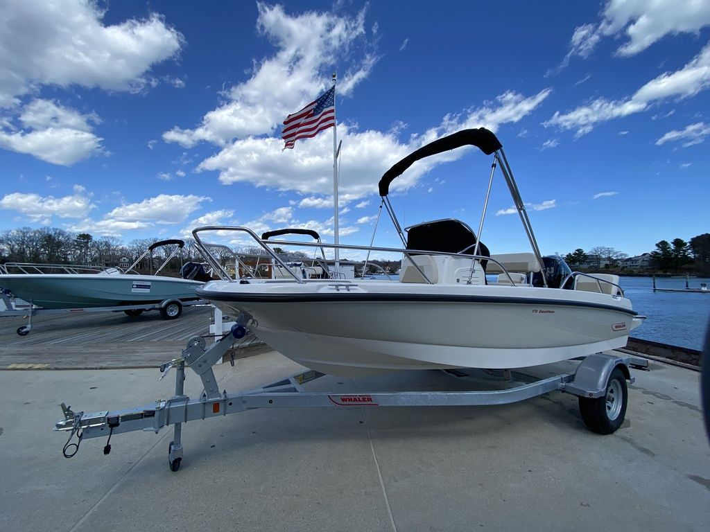 2020 Boston Whaler boat for sale, model of the boat is 170 Dauntless & Image # 3 of 14