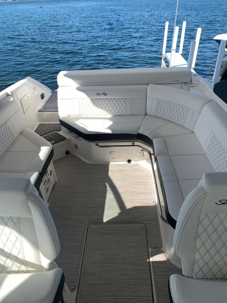2020 Sea Ray boat for sale, model of the boat is SLX 280 & Image # 9 of 10