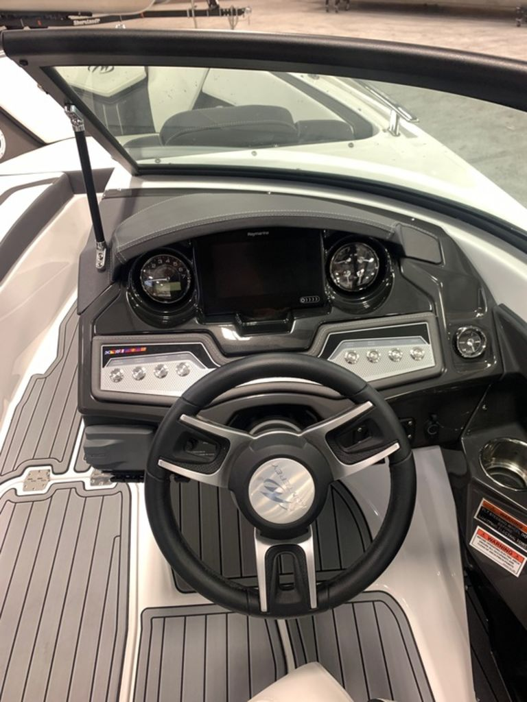 2020 Monterey boat for sale, model of the boat is 238SS & Image # 6 of 9