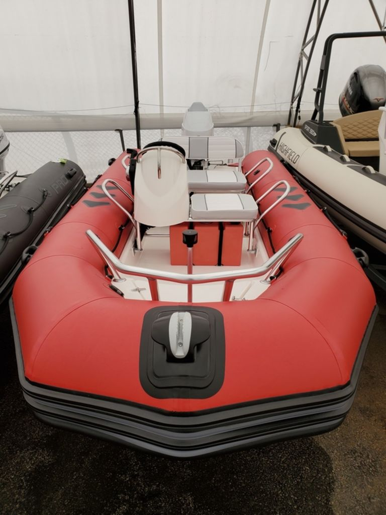 2021 Zodiac boat for sale, model of the boat is Bayrunner 500 & Image # 2 of 6