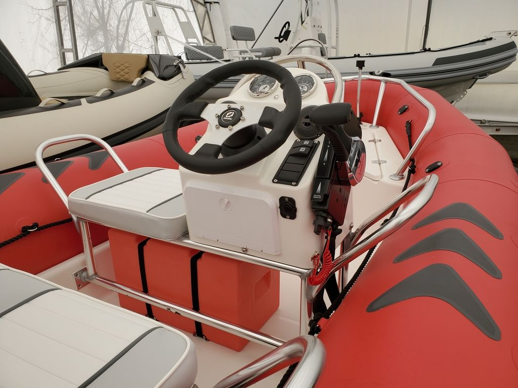 2021 Zodiac boat for sale, model of the boat is Bayrunner 500 & Image # 6 of 6
