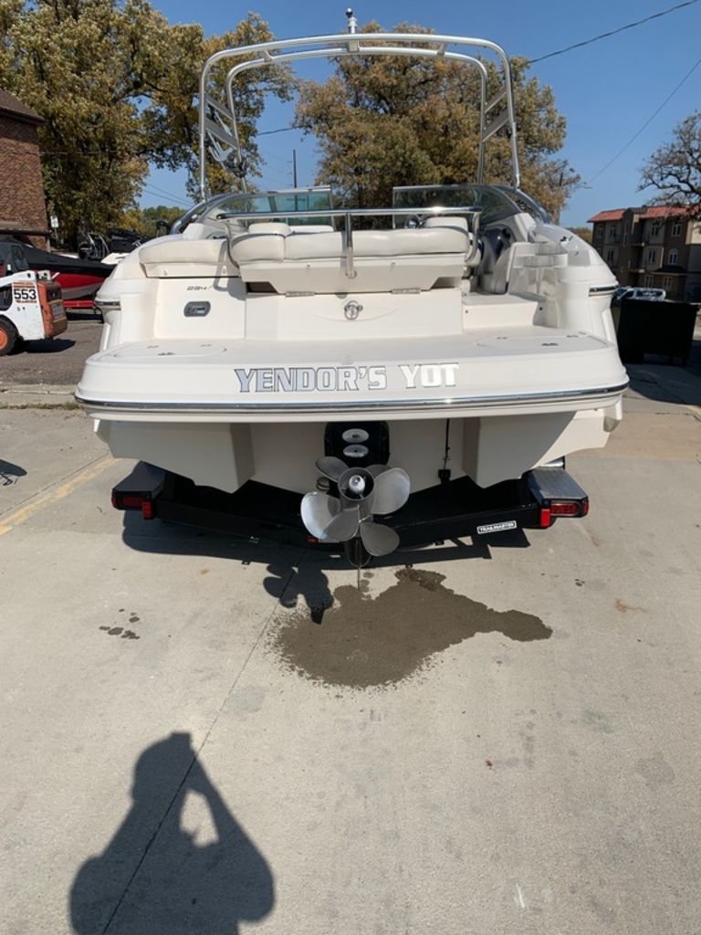 2007 Monterey boat for sale, model of the boat is 234 FS & Image # 3 of 14