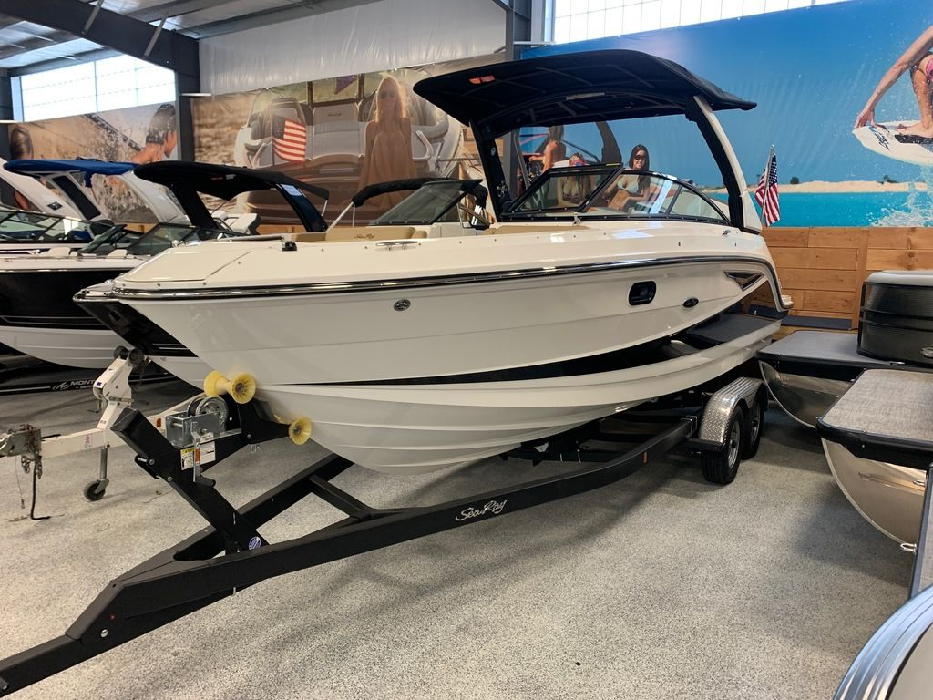 2021 Sea Ray boat for sale, model of the boat is SLX 250 & Image # 1 of 10