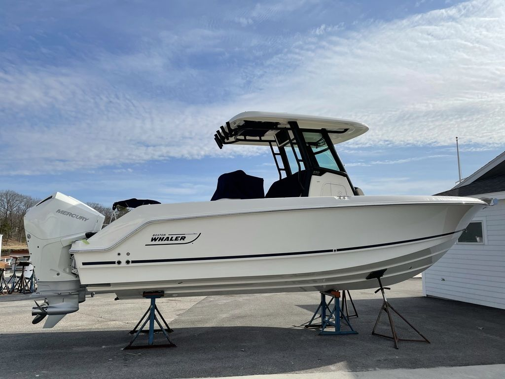 2021 Boston Whaler boat for sale, model of the boat is 250 Outrage & Image # 2 of 3