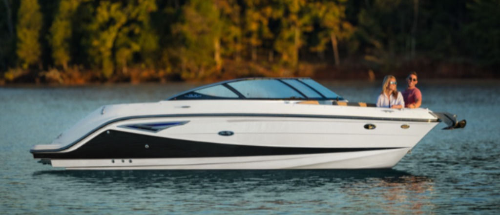 2021 Sea Ray boat for sale, model of the boat is SLX 250 & Image # 1 of 3