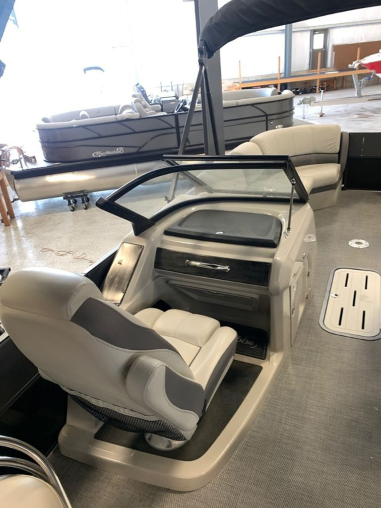 2018 Misty Harbor Boats boat for sale, model of the boat is Skye WT S-2685WT & Image # 6 of 12