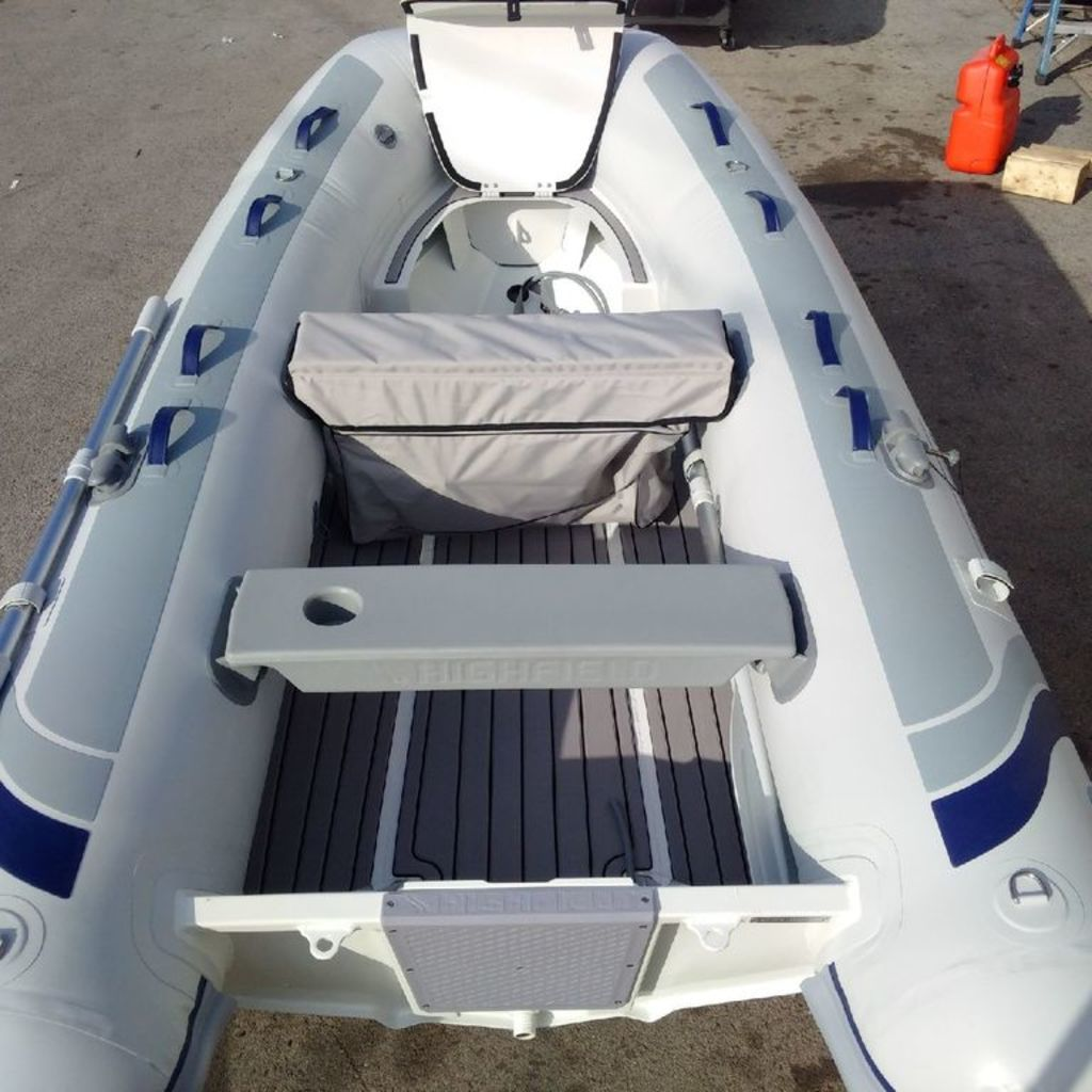 2020 Highfield boat for sale, model of the boat is CL 310 Bow Locker & Image # 1 of 10