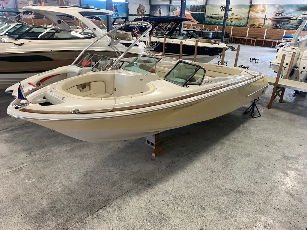 2007 Chris Craft boat for sale, model of the boat is 28 Launch & Image # 1 of 12