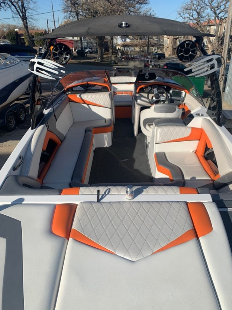 2015 Tige boat for sale, model of the boat is RZ4 & Image # 7 of 20