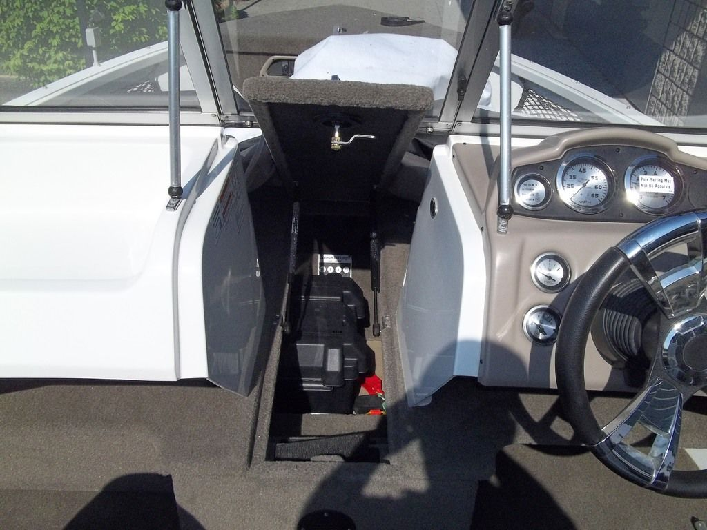 2015 MirroCraft boat for sale, model of the boat is Aggressor Series 1663 & Image # 4 of 17