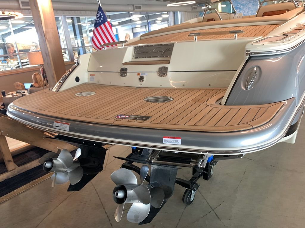 2020 Chris Craft boat for sale, model of the boat is Launch 30 & Image # 3 of 7