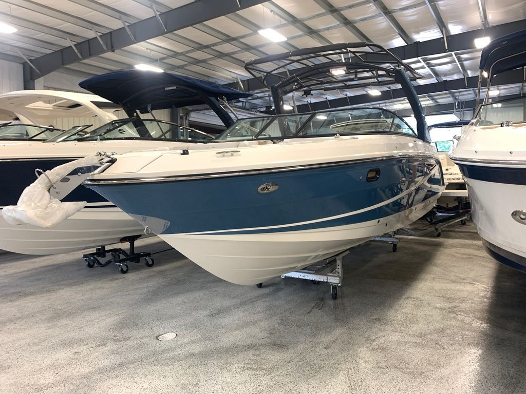2021 Sea Ray boat for sale, model of the boat is SLX 280 & Image # 2 of 9