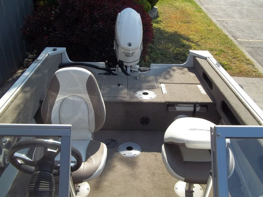 2015 MirroCraft boat for sale, model of the boat is Aggressor Series 1663 & Image # 11 of 17
