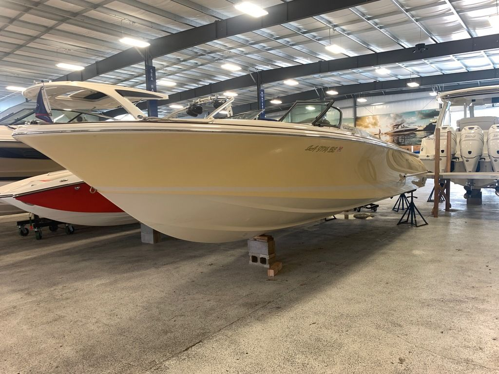 2007 Chris Craft boat for sale, model of the boat is 28 Launch & Image # 2 of 12