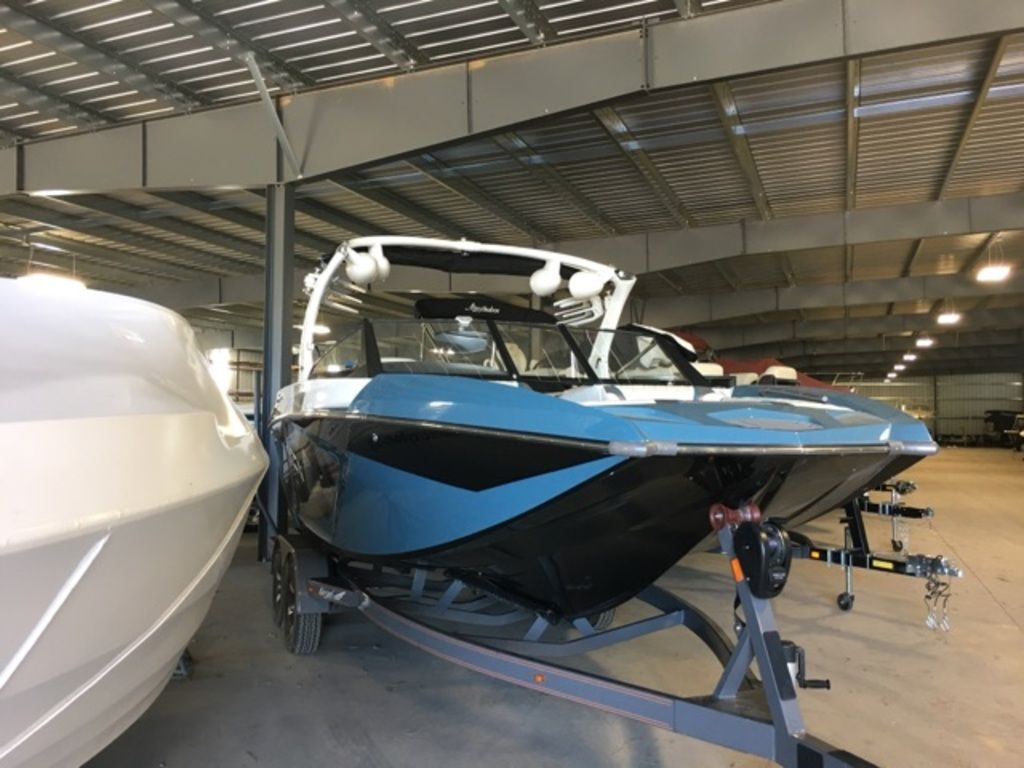2016 Tige boat for sale, model of the boat is RZX & Image # 2 of 9
