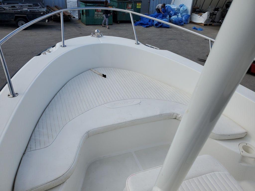 2015 Boston Whaler boat for sale, model of the boat is 190 Outrage & Image # 2 of 5