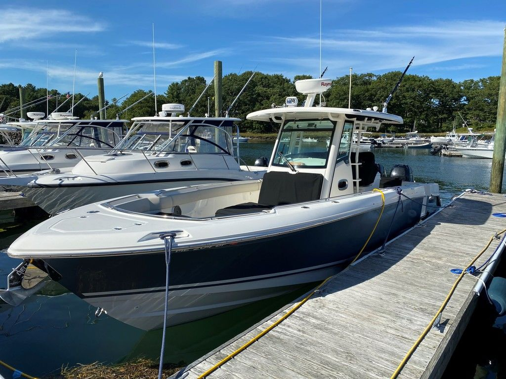 2016 BOSTON WHALER 330 OUTRAGE for sale