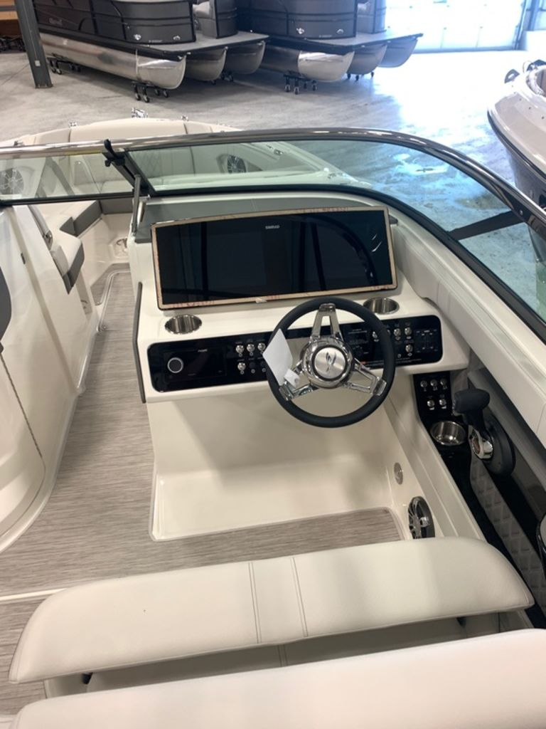 2021 Sea Ray boat for sale, model of the boat is SLX 280 & Image # 7 of 9