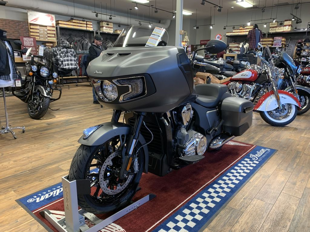 2021 Indian Motorcycle® Challenger® Titanium Metallic
