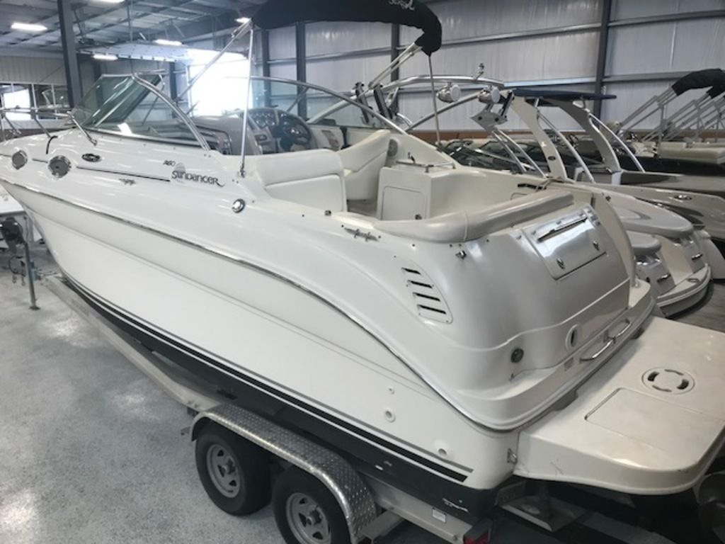 2004 Sea Ray boat for sale, model of the boat is 260 Sundancer & Image # 3 of 11