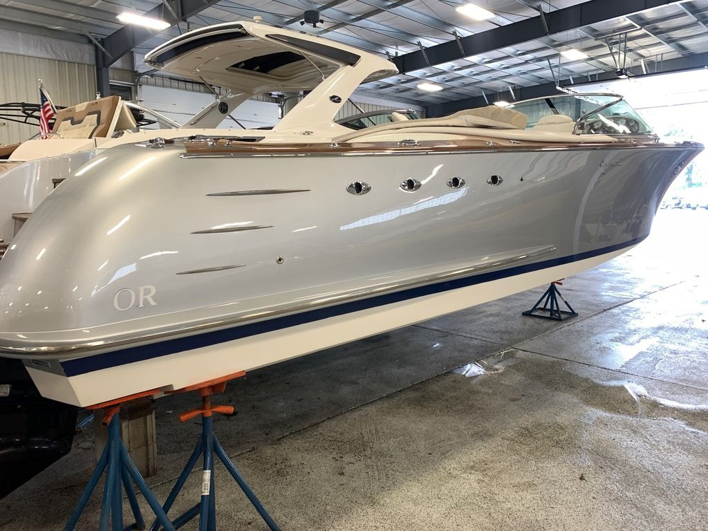2009 Comitti boat for sale, model of the boat is 34 Venezia & Image # 4 of 24