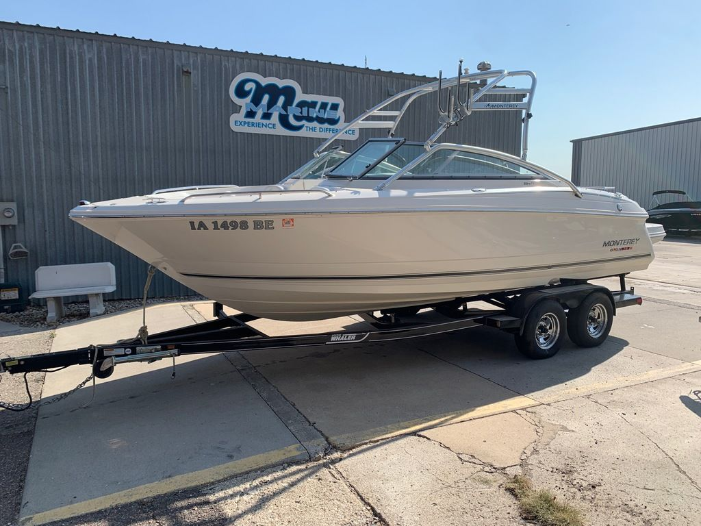 2007 Monterey boat for sale, model of the boat is 234 FS & Image # 1 of 14