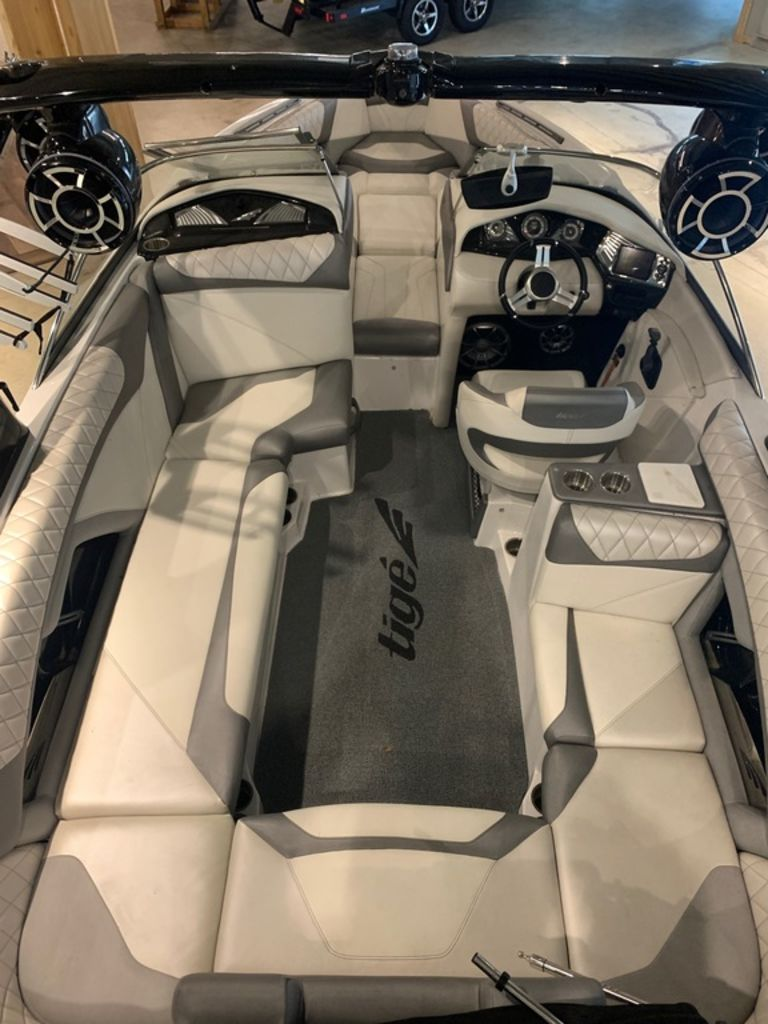 2014 Tige boat for sale, model of the boat is Z3 & Image # 8 of 13