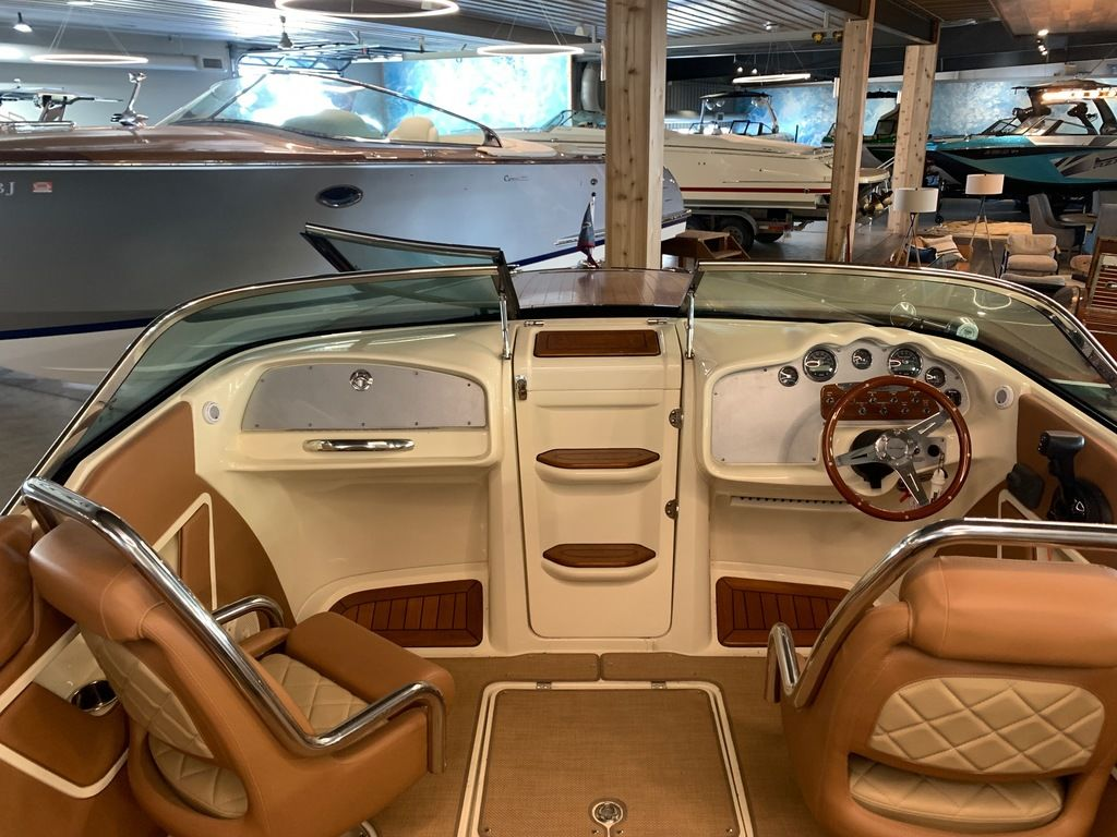 2017 Chris Craft boat for sale, model of the boat is Capri 25 & Image # 9 of 13