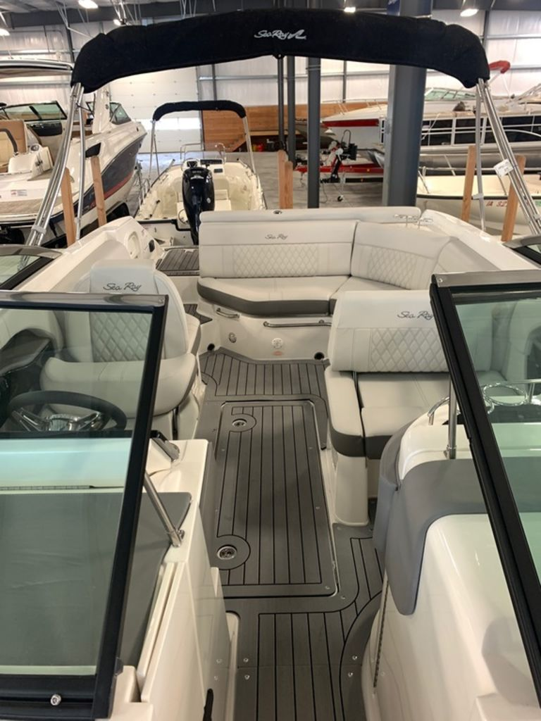 2020 Sea Ray boat for sale, model of the boat is SLX 250 & Image # 10 of 10