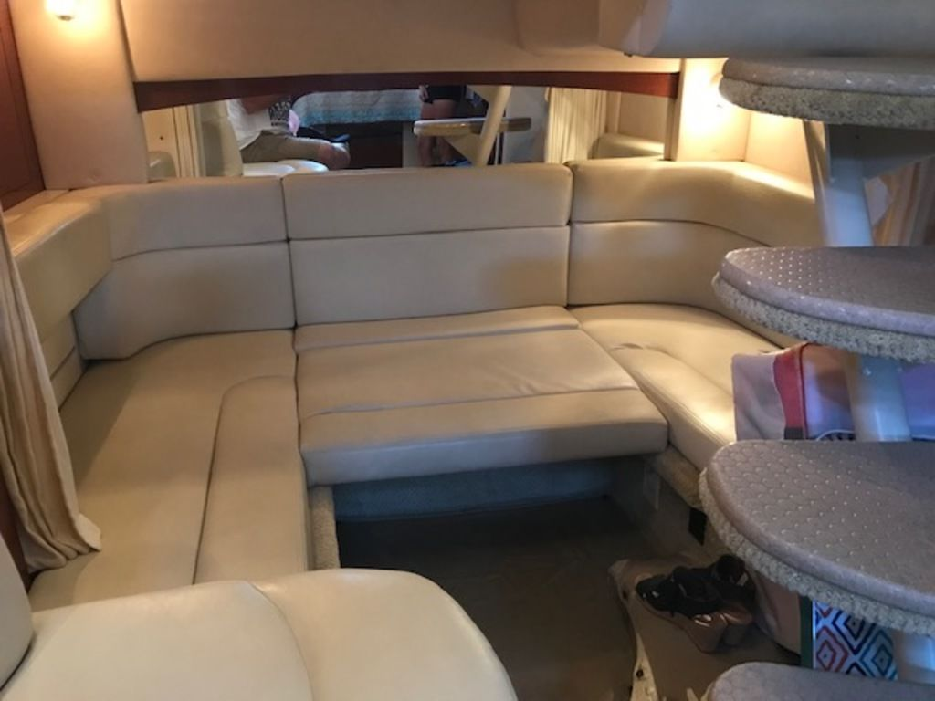 2005 Sea Ray boat for sale, model of the boat is 320 Sundancer & Image # 6 of 24