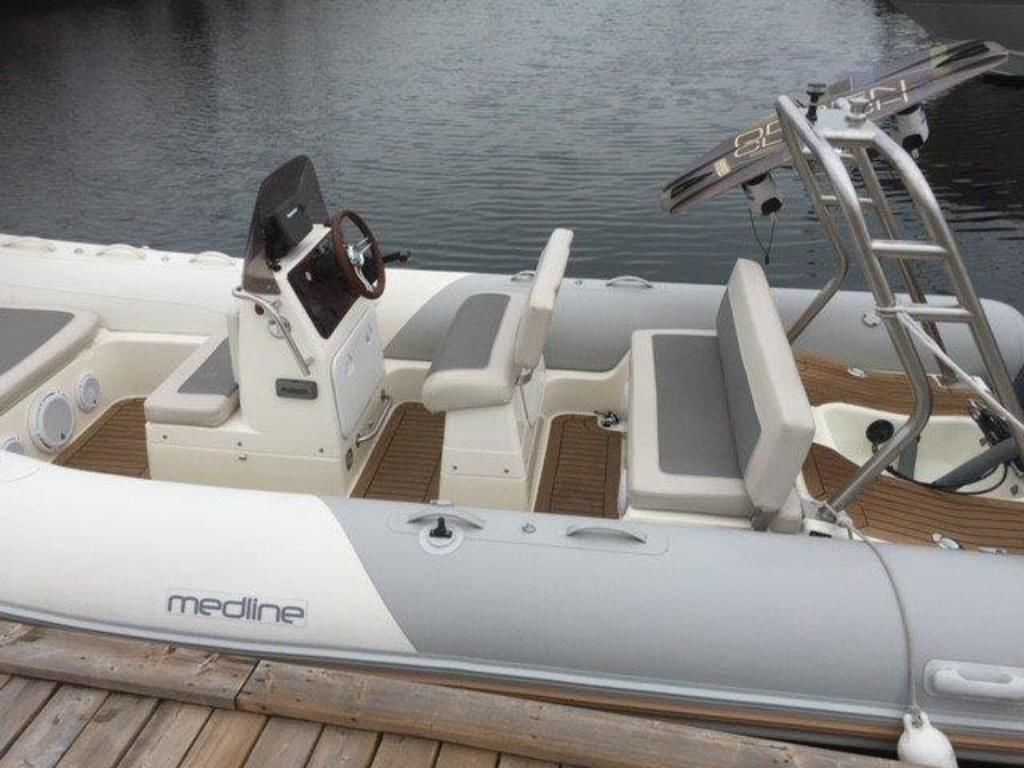 2012 Zodiac boat for sale, model of the boat is Medline 580 & Image # 3 of 3