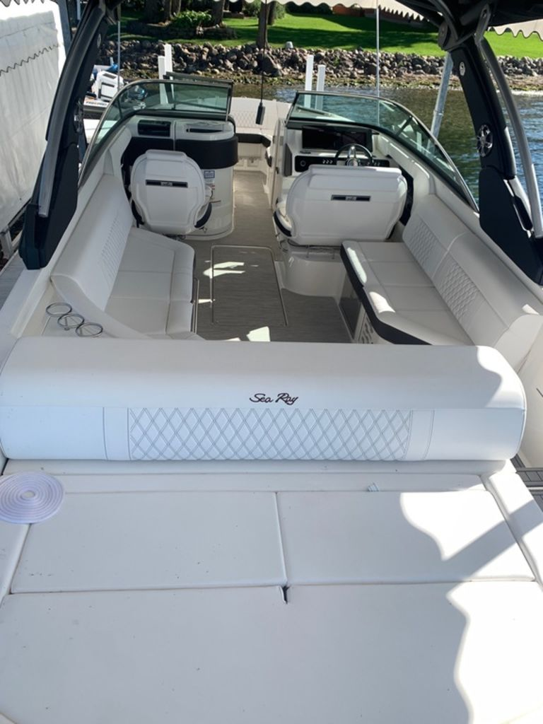 2020 Sea Ray boat for sale, model of the boat is SLX 280 & Image # 4 of 10