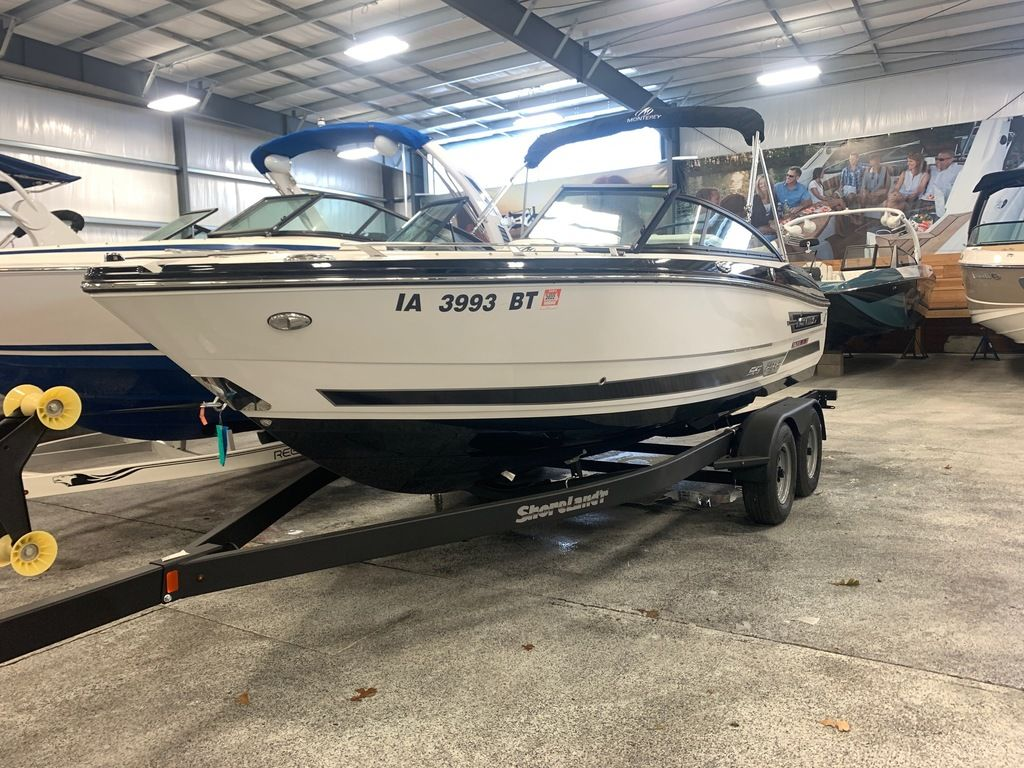 2019 Monterey boat for sale, model of the boat is 218SS & Image # 1 of 12