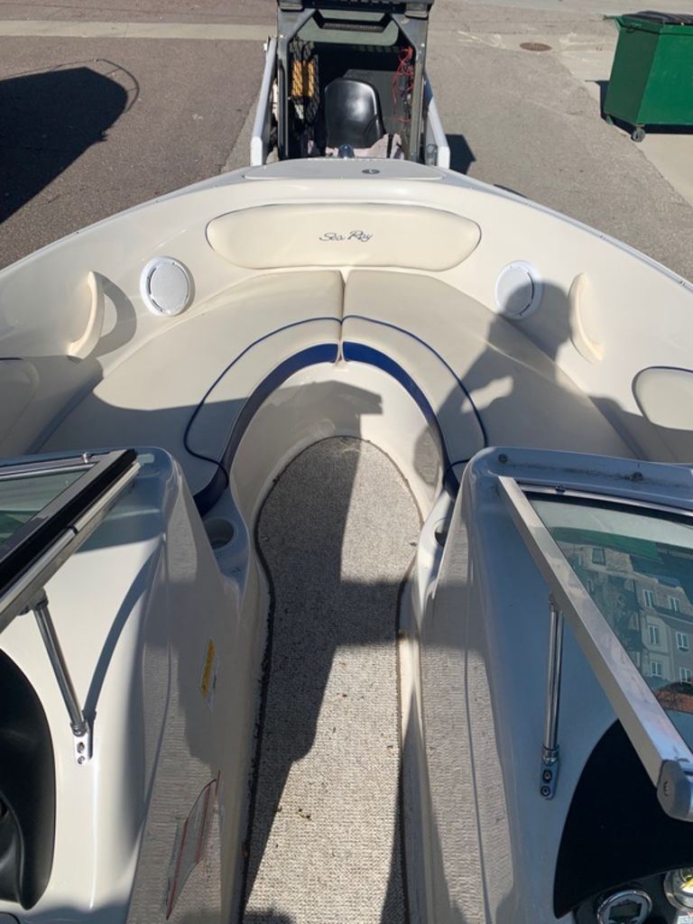 2010 Sea Ray boat for sale, model of the boat is 205 Sport & Image # 8 of 11