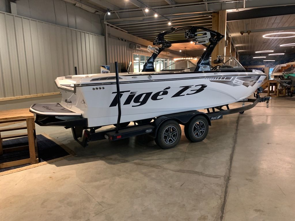 2014 Tige boat for sale, model of the boat is Z3 & Image # 2 of 13