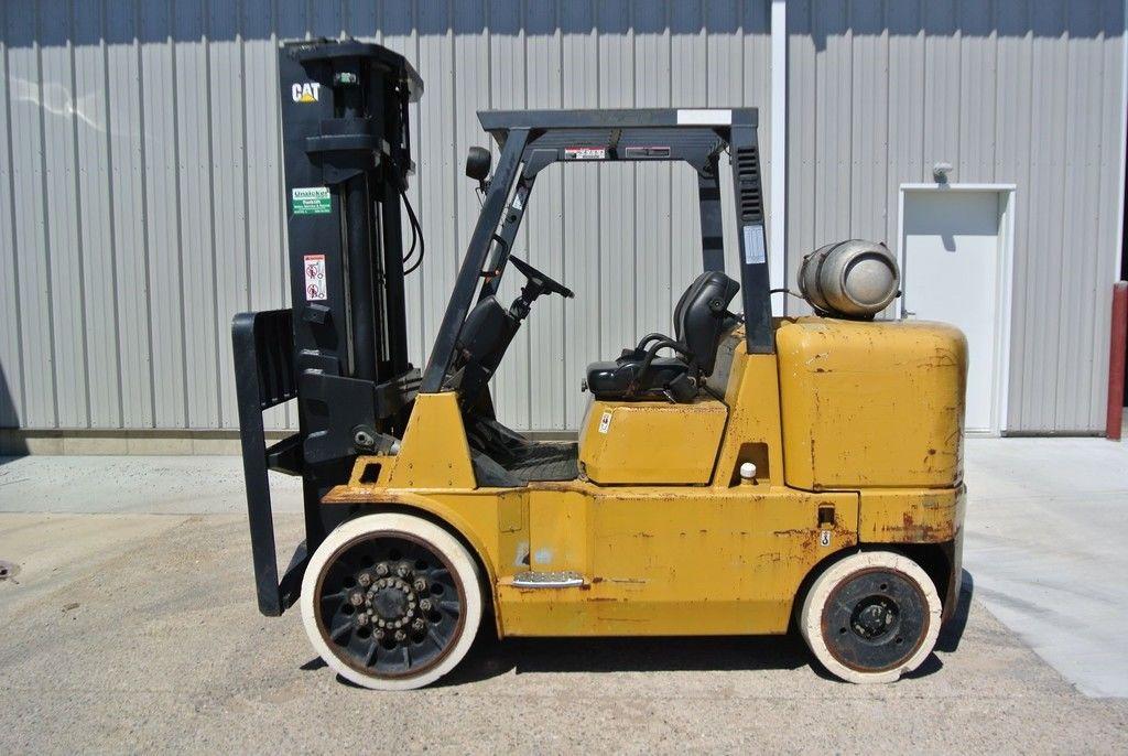 2000 CATERPILLAR GC60K for sale in Morton, IL Photo 3
