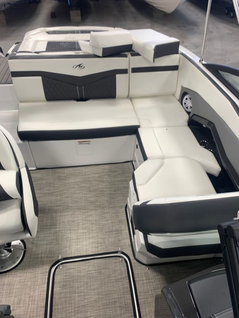 2019 Monterey boat for sale, model of the boat is 218SS & Image # 10 of 12
