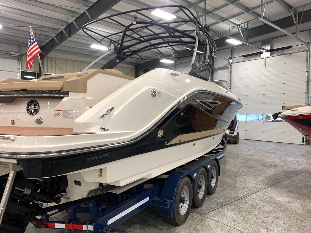 2018 Sea Ray boat for sale, model of the boat is SLX 310 & Image # 4 of 18