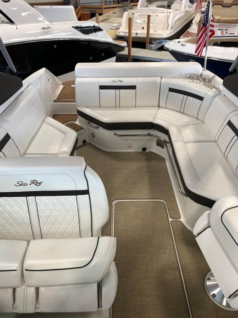 2018 Sea Ray boat for sale, model of the boat is SLX 280 & Image # 7 of 7
