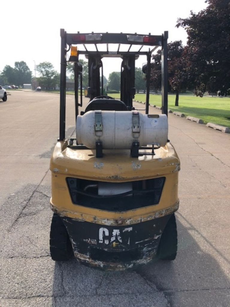 2010 CATERPILLAR P5000 for sale in Morton, IL Photo 2