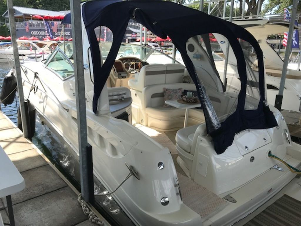 2005 Sea Ray boat for sale, model of the boat is 320 Sundancer & Image # 11 of 24