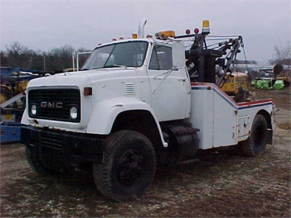 1977 GMC GENERAL WRECKER TOW TRUCK #415869