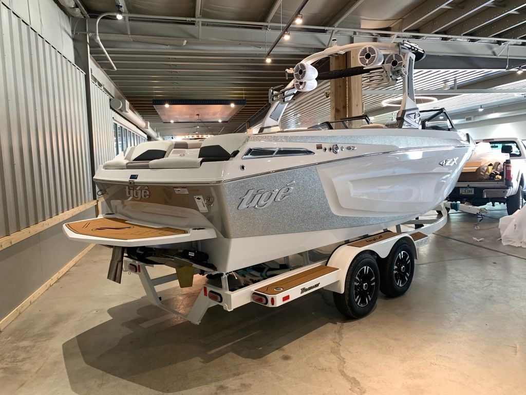 2021 Tige boat for sale, model of the boat is 23 ZX & Image # 3 of 9