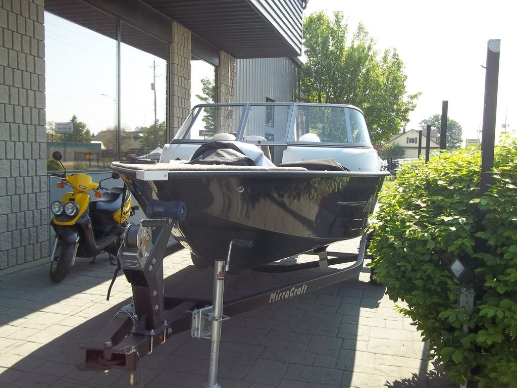 2015 MirroCraft boat for sale, model of the boat is Aggressor Series 1663 & Image # 5 of 17