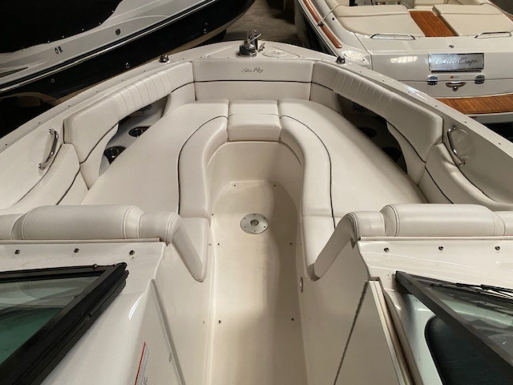 2010 Sea Ray boat for sale, model of the boat is 300 SLX & Image # 3 of 12