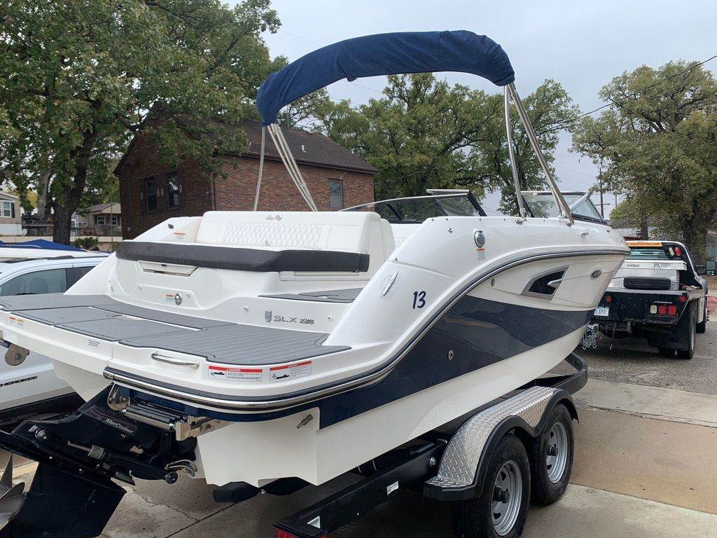 2019 Sea Ray boat for sale, model of the boat is SLX 230 & Image # 4 of 12