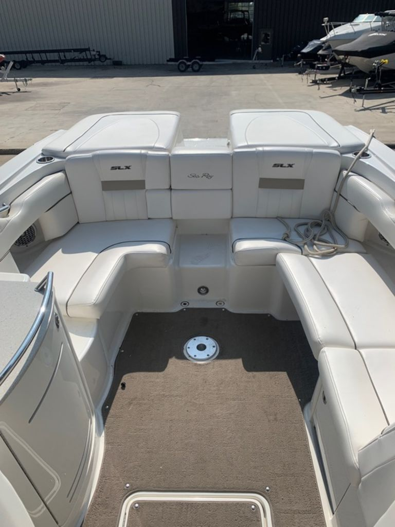 2010 Sea Ray boat for sale, model of the boat is 270 SLX & Image # 7 of 14